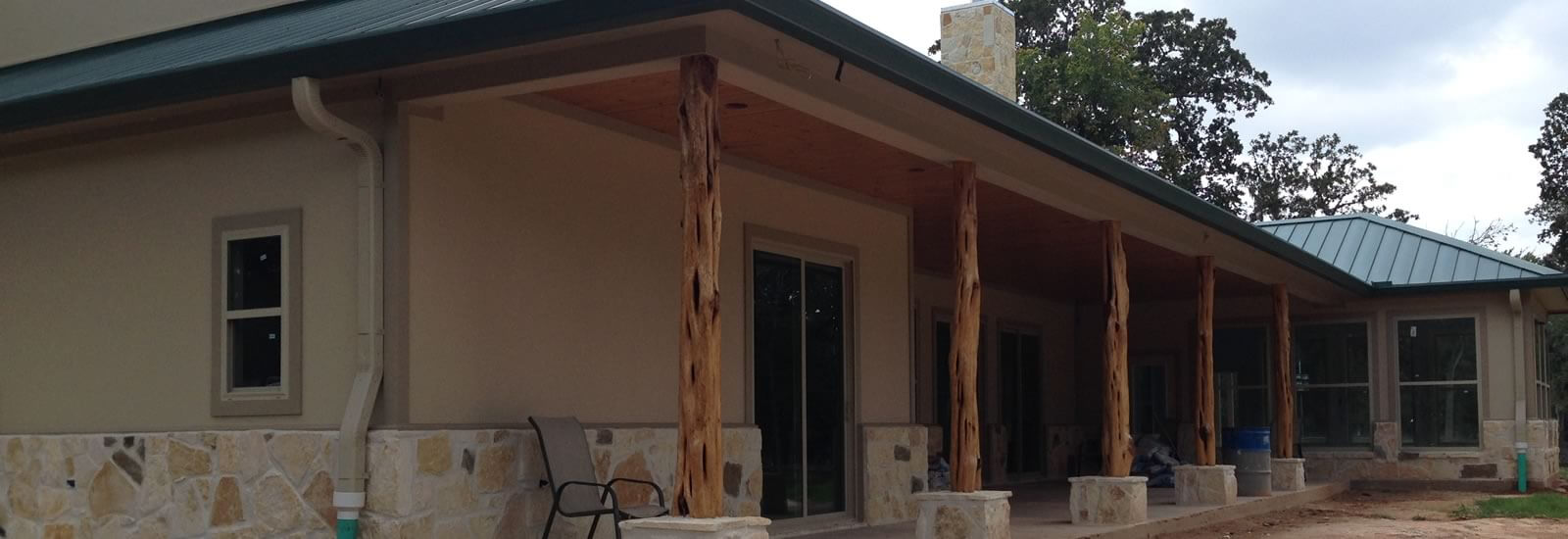 Superior gutters seamless rain gutters victora texas for Does a house need gutters